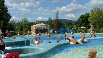 Therme Sarospatak im Thermenland Ungarn