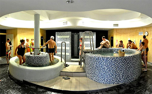 Wellnesbereich Therme Kapovar