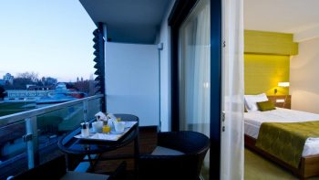 Imola Hotel Platán in Eger