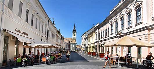 Innenstadt von Baja in Ungarn